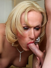 Tranny from Britain gets ass fucked