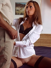 Hot MILF Jasmine Jewels caught a couple in the act