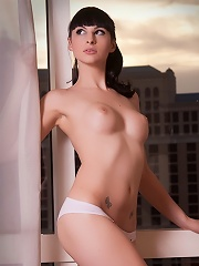 Unbelievably hot tgirl posing her perfect fit body